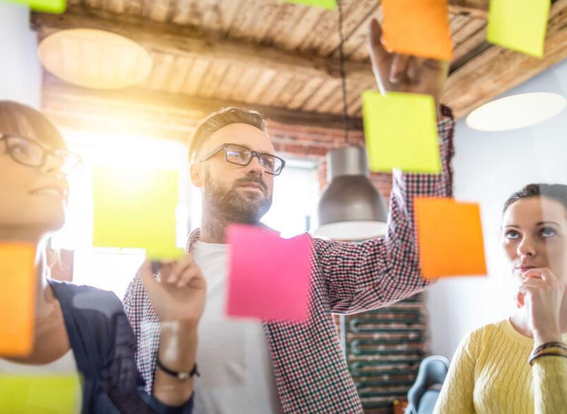 Guida startup hi-tech: dai codici di sviluppo al mercato